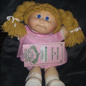 Vintage 1985 Cabbage Patch Doll Original Papers